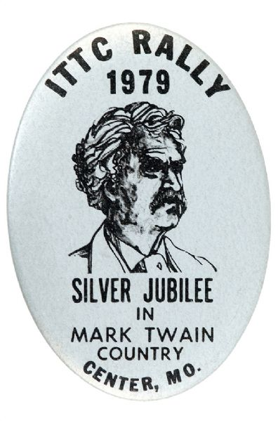 MARK TWAIN 1979 LIMITED ISSUE PORTRAIT BUTTON.