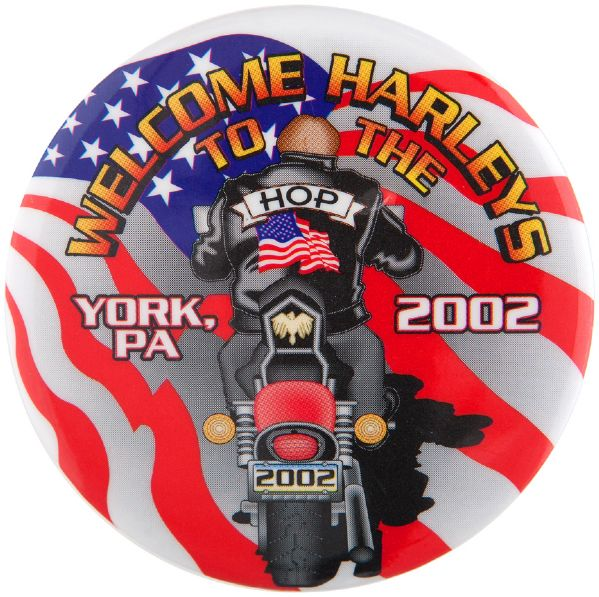 HARLEY-DAVIDSON FACTORY TOWN 2002 EVENT BUTTON.
