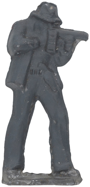 G-MAN OR GANGSTER LEAD FIGURE WITH TOMMY GUN AND PISTOL.