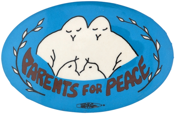PARENTS FOR PEACE / CIRCA 1981 USA – CENTRAL AMERICA INVOLVEMENT OVAL BUTTON.