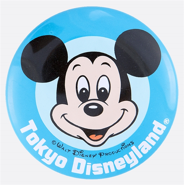 TOKYO DISNEYLAND WITH MICKEY MOUSE OFFICIAL DISNEY LITHO BUTTON.